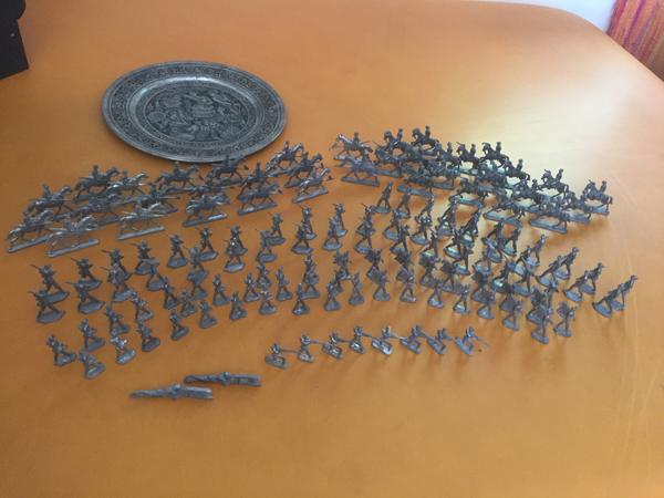gebraucht zum Tausch: 136 alte Zinnsoldaten 1. Weltkrieg / Zinnfiguren halbplastisch