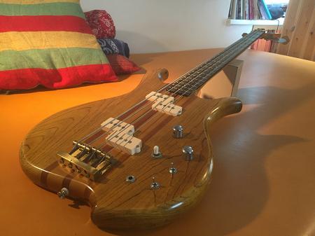 zum Tauschen: Wotan Shark E-Bass - Neckthrough Longscale Bass - Vintage
